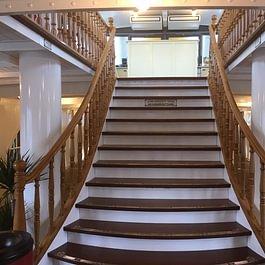 """Claude Murisier - Restauration escalier principal - Bateau """"Italie"""" CGN"""