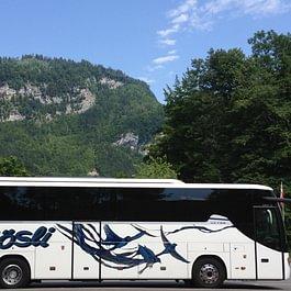48-Plätzer Reisecar