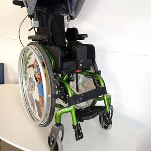 fauteuil roulant manuel Zippie Youngster sur mesure adaptation