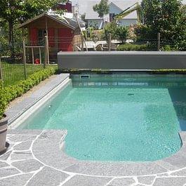 Die Mitarbeiter der Oberhänsli Bau AG haben sich auch beim Schwimmbadbau bewährt.