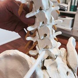 Wirbelsäulenchirurgie | Dr. med. Massimo Leonardi