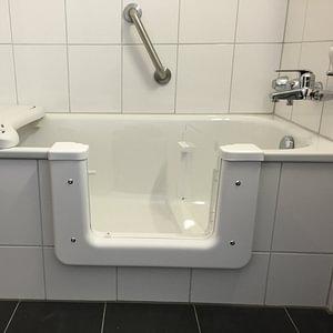 Badewannetüre BAWA AG
