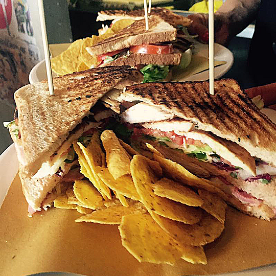 Club Sandwich & Chips