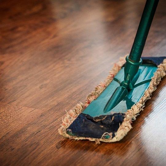 Boden Reinigung