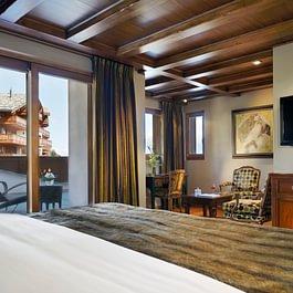 Corner Superior Room