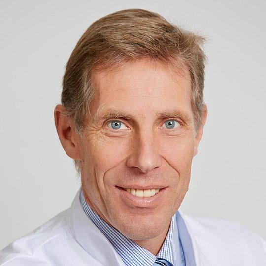 Dr. med. Karl Biedermann, Facharzt Orthopädische Chirurgie/ Traumatologie FMH