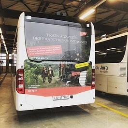 Arrière de bus - Les Chemins de Fer du Jura