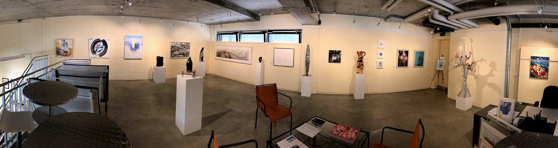 """Panorama der Sommerausstellung 2019 """"Bunt gemischt!"""" - Eingerichtet bis 7. September 2019"""