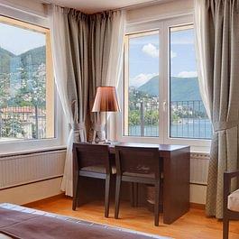 Junior Suite, terrazza, terrace, private terrace, best view, vista lago, 5. piano, panorama, Monte Brè, Seeblick, Monte Brè