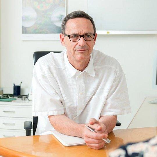 Dr. med. Klenecky Milan
