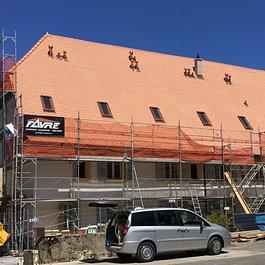 Rénovation d'un toiture clasée monument historique, à Mathod