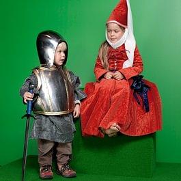 Sich als Ritter oder Burgdame verkleiden und fotografieren