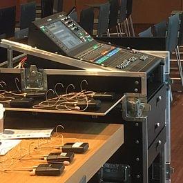 Die technische Anlage im Saal