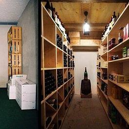 Cave à vins avant et après - Ebénisterie Philippe Ducraux - St-Légier