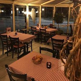 Bäckerei - Tea-Room - Restaurant Café Pony Zweisimmen (Simmental/Saanenland)