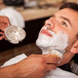 Le rasage : de 13.- chf pour un rasage simple à 17.- pour un rasage traditionnel avec serviette chaude, et tutti quanti...!!!