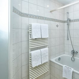 Badezimmer Familienzimmer, Central Hotel Wolter Grindelwald