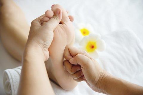 Riflessologia plantare: non solo per rilassare, ma anche valida terapia medicale