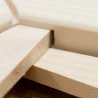 Keilrahmen aus harzfreiem, mehrfach verleimtem Espenholz