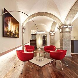 Zigerli+Iff Lounge im Gewölbekeller
