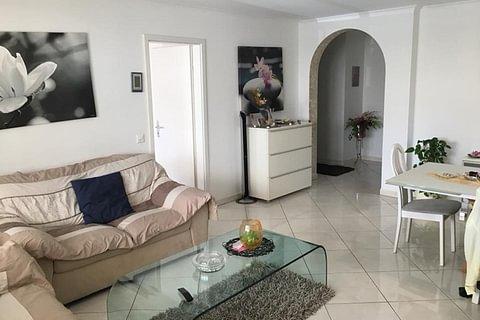 SOLDUNO - vendesi appartamento di 4.5 locali