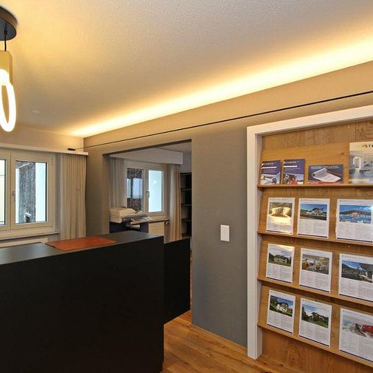 Curvér Immobilien+Treuhand AG