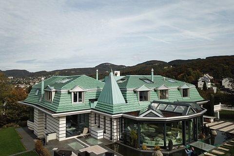 Beeindruckende Villa an bester Aussichtslage in Pfeffingen zu verkaufen