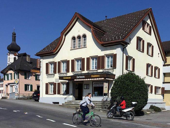 Bijou Hotel mit Traditionsgeschichte ,schöne romantische Zimmer, faire Preise