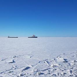 Eisbrecher in Lappland