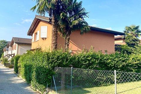 NOVAZZANO - casa indipendente con giardino e garage