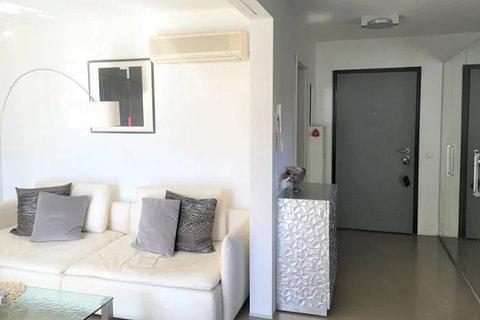 MURALTO - vendesi comodo appartamento di 2.5 locali