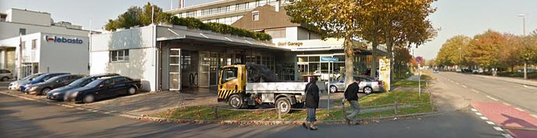 Dorf Garage