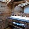 Meuble de salle de bain vieux bois