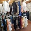 grosse Auswahl an Kleidern in hervorragender Qualität