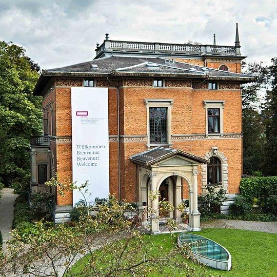 Die denkmalgeschützte Villa Bleuler, Baujahr 1888, seit 1993 Hauptsitz von SIK-ISEA in Zürich