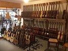 Aux Guitares