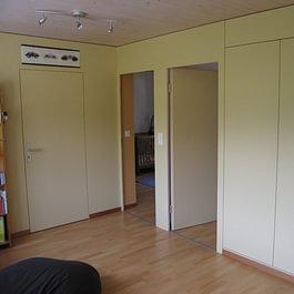 Armoire encastrée et portes intérieures