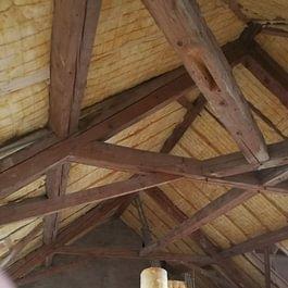 Rénovation des combles, pour création d'un appartement. Maison de commune de Fiez