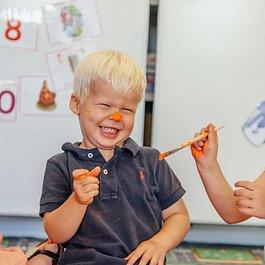 Tagesschule, Kinderbetreuung, Billingual School, zweisprachige Schule, Kindergarten, Gymnasium