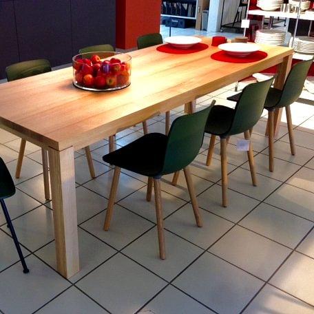 Tisch LIVELLO aus der Schreinerei von Wohntip