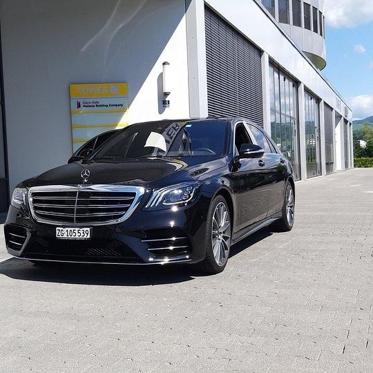 Mercedes-Benz S400 VVIP Sedan