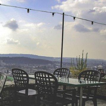 Restaurant mit wunderschönem Ausblick über Biel