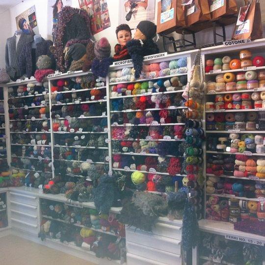 Vasto assortimento di filati in lana / cotone / cashmere / alpaca....