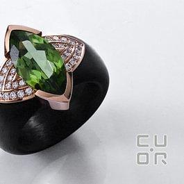 Ring Carbon mit Peridot und Brillanten