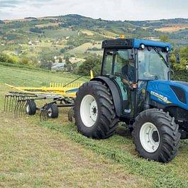 Alther Martin Forst- und Landmaschinen AG, Eggersriet - New Holland T4