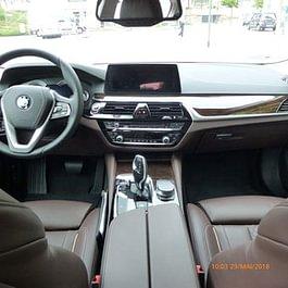 BMW Limousine 530d xDrive, Sitzheizung vorne und hinten