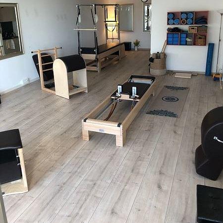 Momentum - Pilates Studio