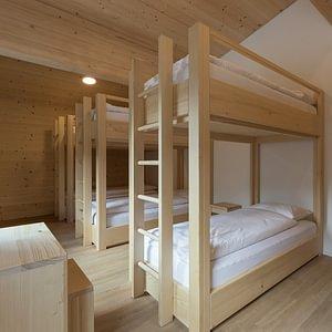 Chambre avec 6 lits
