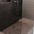 Begehbare Dusche mit Nische inkl. Kantenschutz in anthrazit Farbe