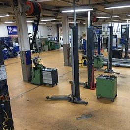 Atelier-Vue dessus-garage de la croix lutry